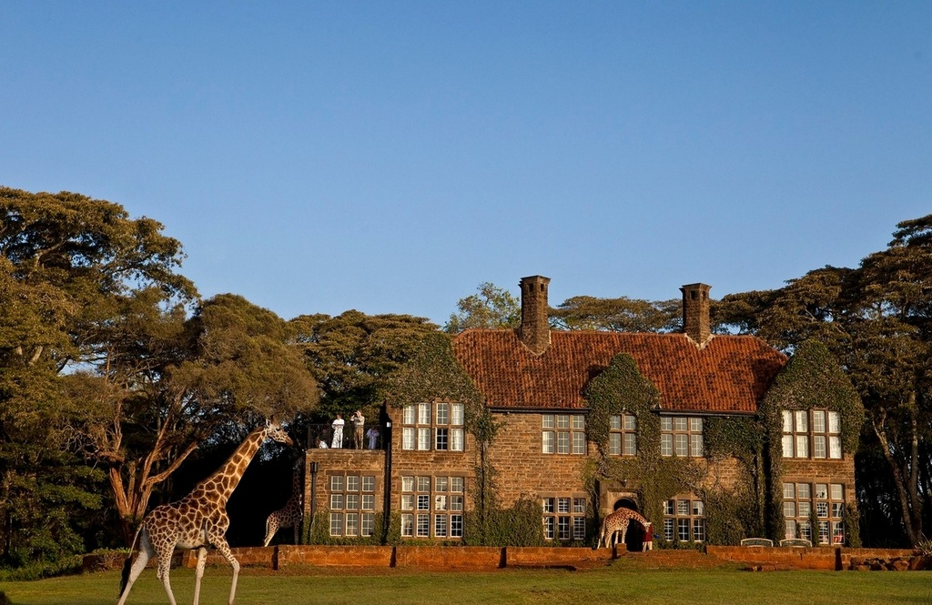 giraffe-manor-between-nairobi-and-the-ngong-hills-nature-reserve