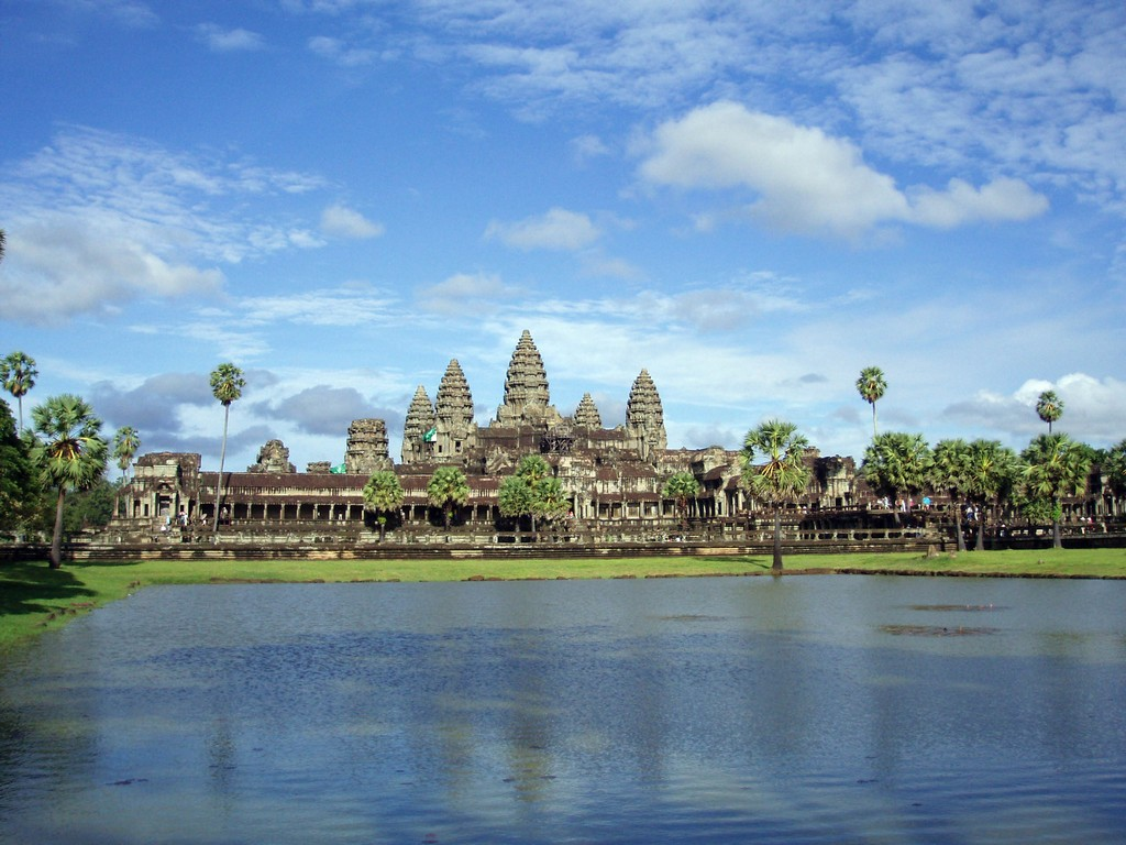 angkor archaeological park cambodia Image by: best places to visit in siem reap blog.