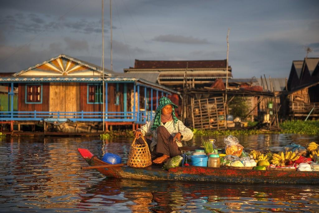 tonle sap lake siem reap cambodia