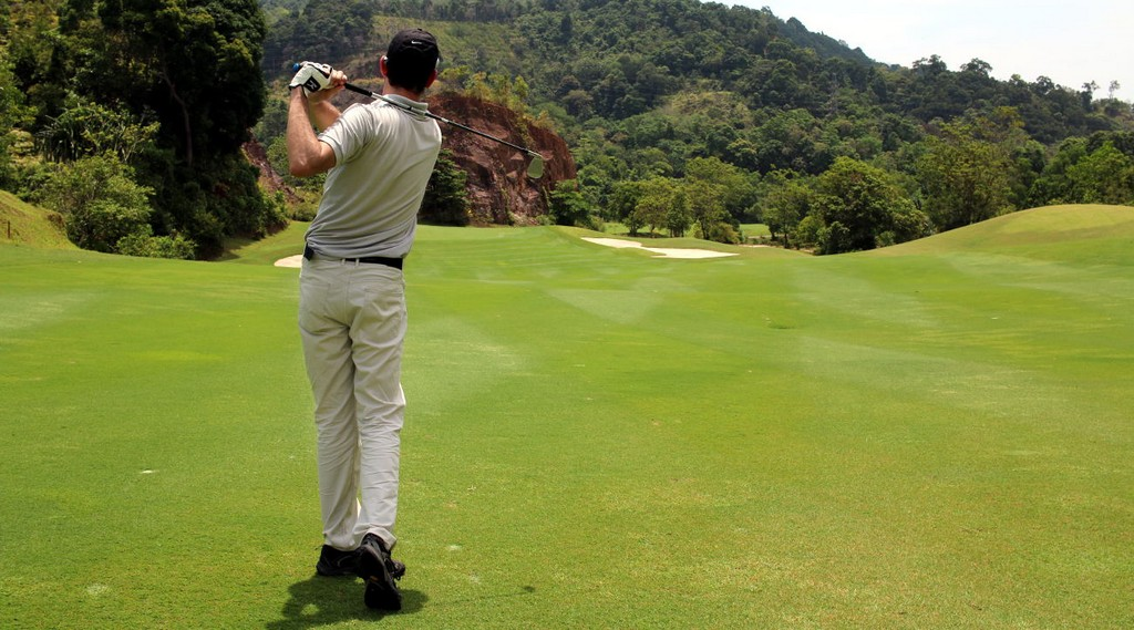 play golf thailand activities phuket