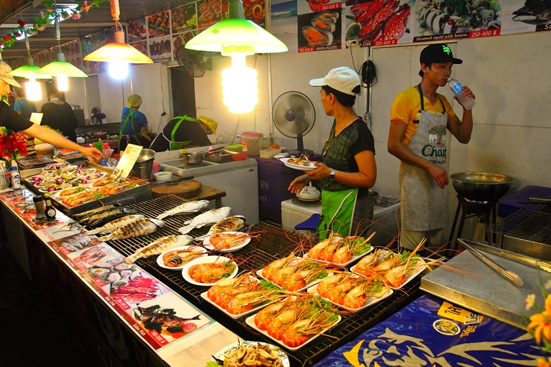 eating-expenses-cost-night-street-food-phuket-tip-to-save-budget-in-a-trip-to-phuket