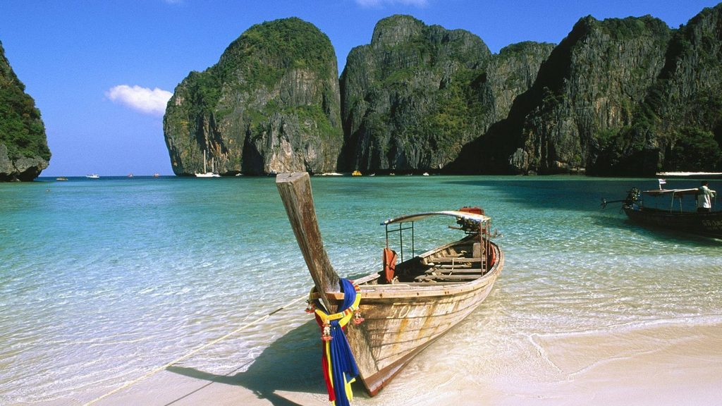 phi-phi-island-attractions-tip-to-save-budget-for-phuket-trip