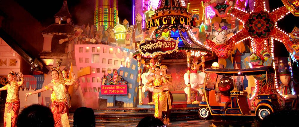 phuket-fantasea-show-entertainment-in-phuket-thailand