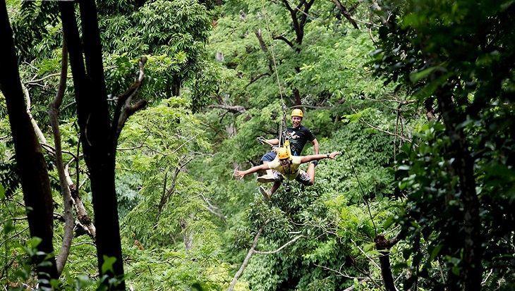 flying-hanuman-phuket-enteratainment-in-phuket1