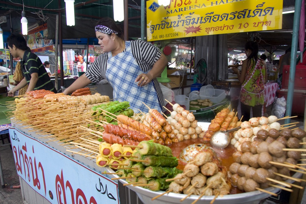 phuket-night-markets-tip-to-save-budget-for-a-trip-to-phuket1