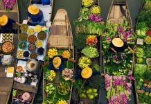 khlong lat mayom Floating Market