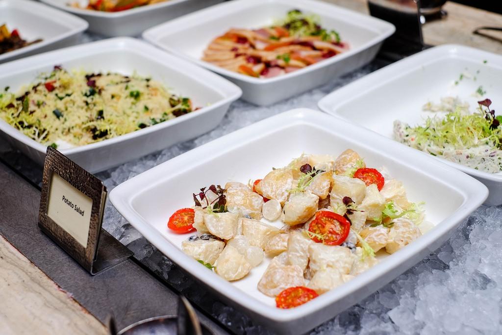 best buffet restaurants in Singapore melt-cafe-singapore-buffets-best-buffet-restaurants-in-singapore1