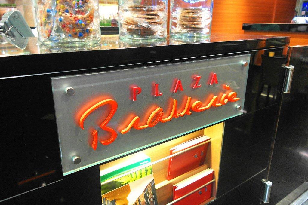 plaza-brasserie-singapore-buffets-best-buffet-restaurants-in-singapore5