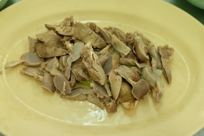 pratunam-chicken-rice-bangkok-thailand-4