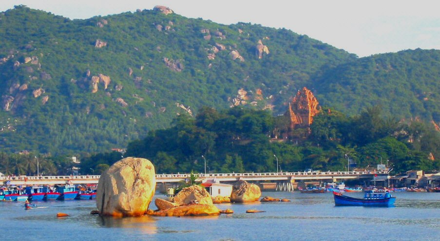 Hon mieu-island-Nha-Trang-Beach-beautiful-beaches-and-island-nha-trang1