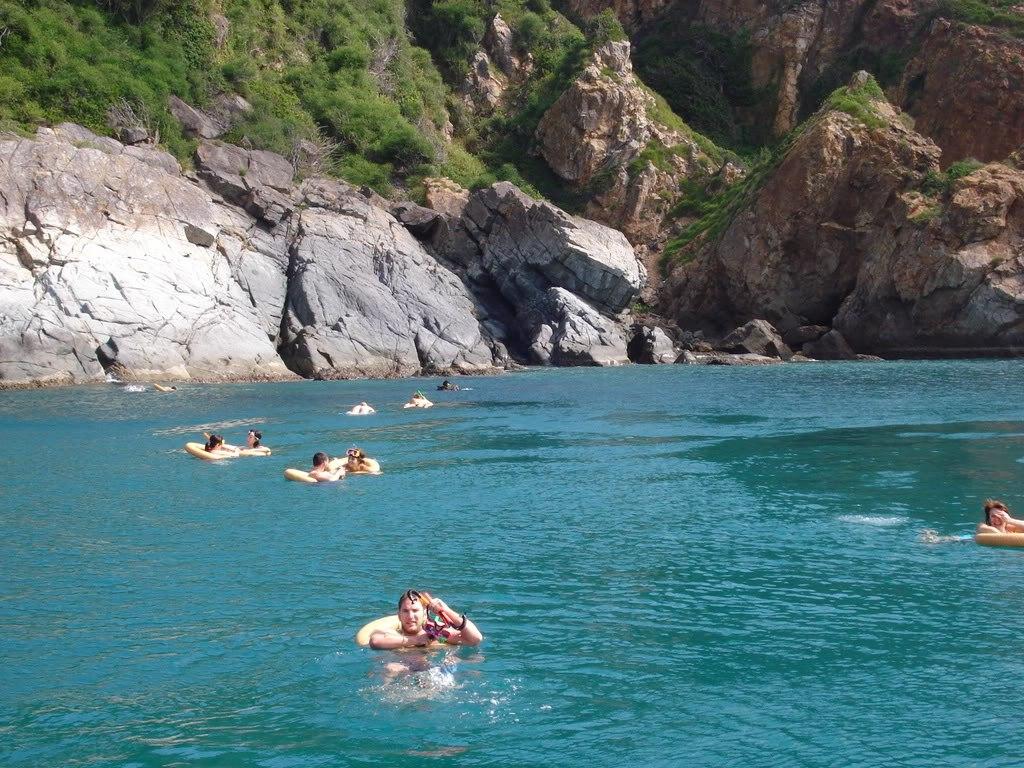 Hon mieu-island-Nha-Trang-Beach-beautiful-beaches-and-island-nha-trang2