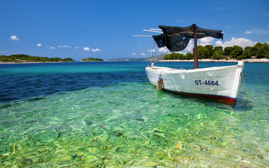 Hon mot-island-Nha-Trang-Beach-beautiful-beaches-and-island-nha-trang1