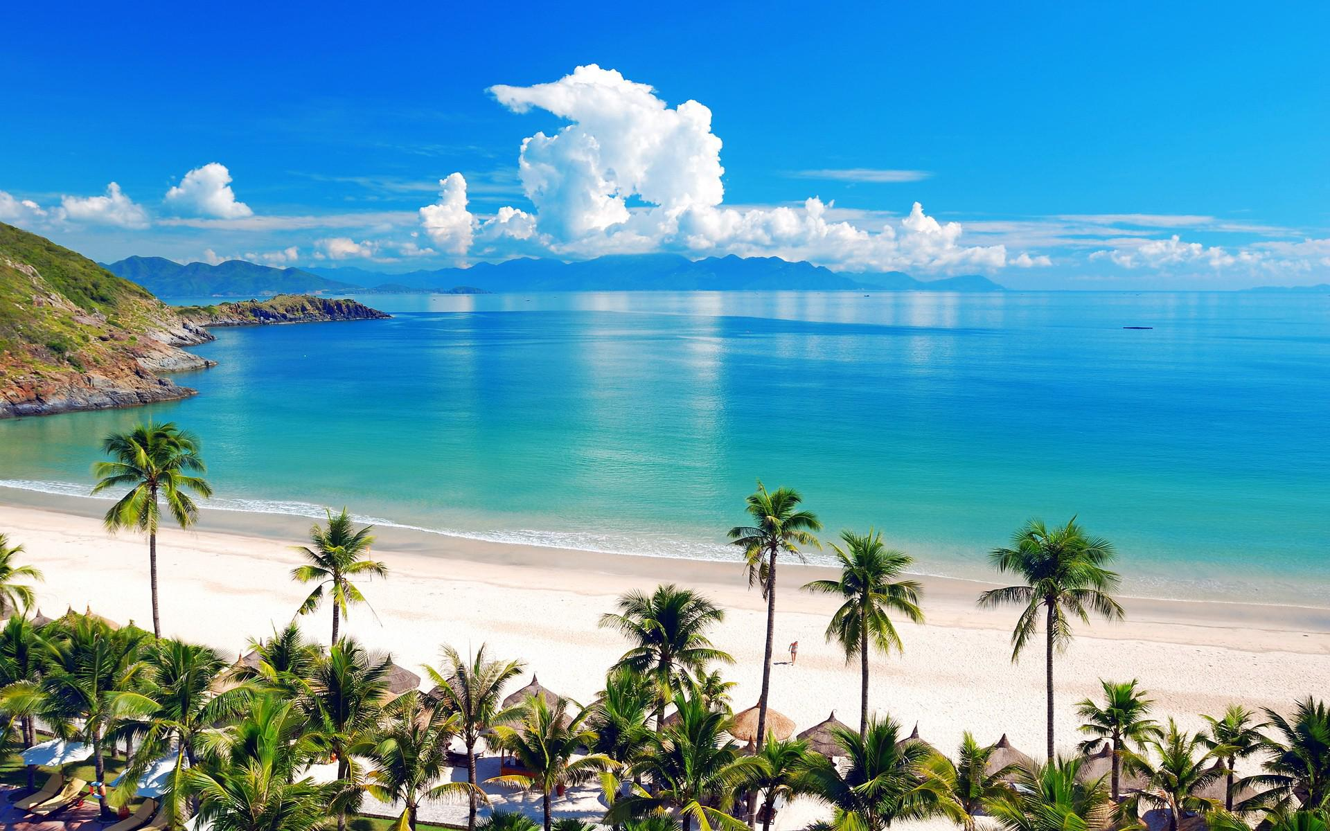 Nha-Trang-Beach-beautiful-beaches-and-island-nha-trang