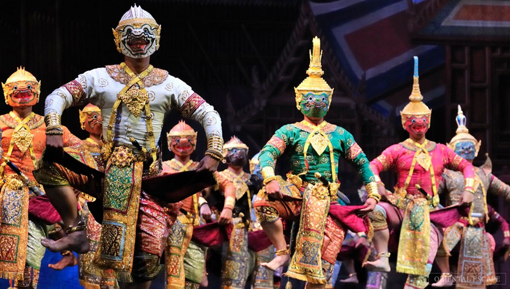 Chalermkrung Sala (Khon)-temple-best bustling place in Chinatown - Bangkok1