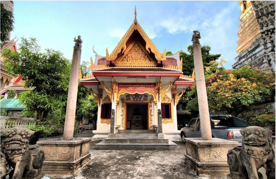 Wat Chakrawat- best bustling place in Chinatown - Bangkok