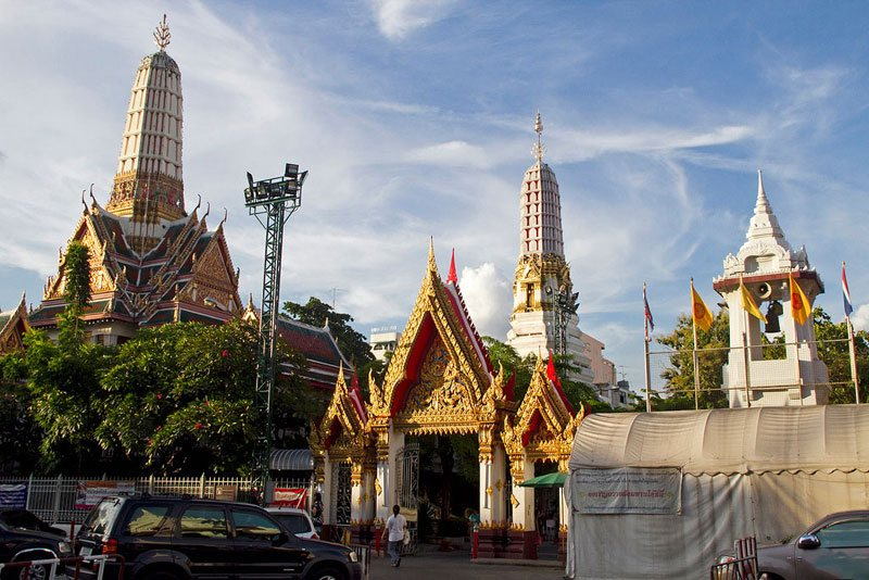 Wat Chakrawat- best bustling place in Chinatown - Bangkok1
