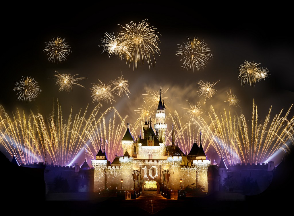 Best Hotel To See Disneyland Fireworks