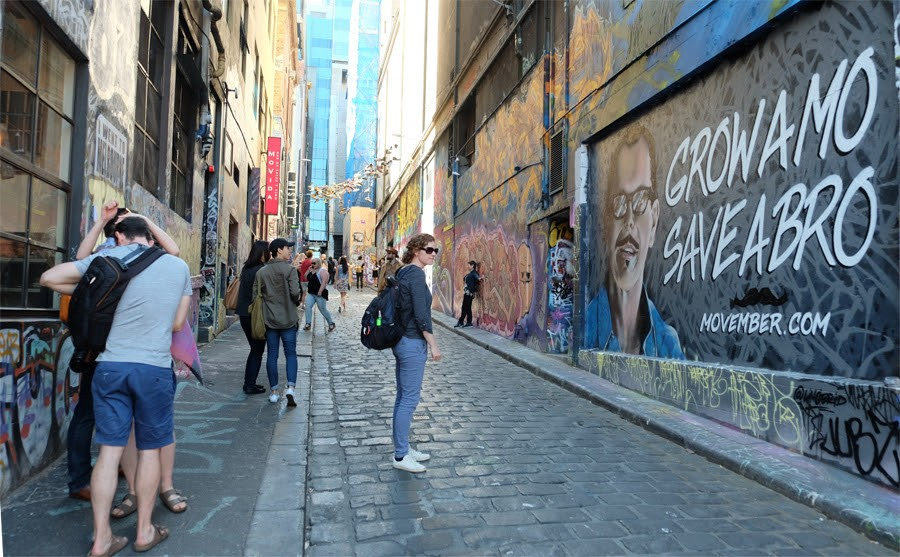wall-painting-misshapen alleys in Melbourne (4)