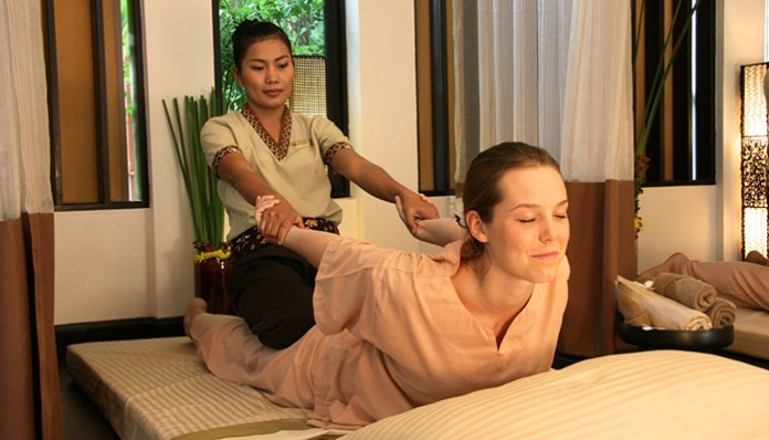 Thai-massage chiang mai 3 days itenerary . Image of what to do in Chiang Mai in 3 days blog.