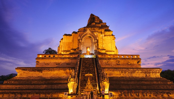 Wat-Chedi-Luang-Photo-At-Night Chiang mai 3 days itenerary