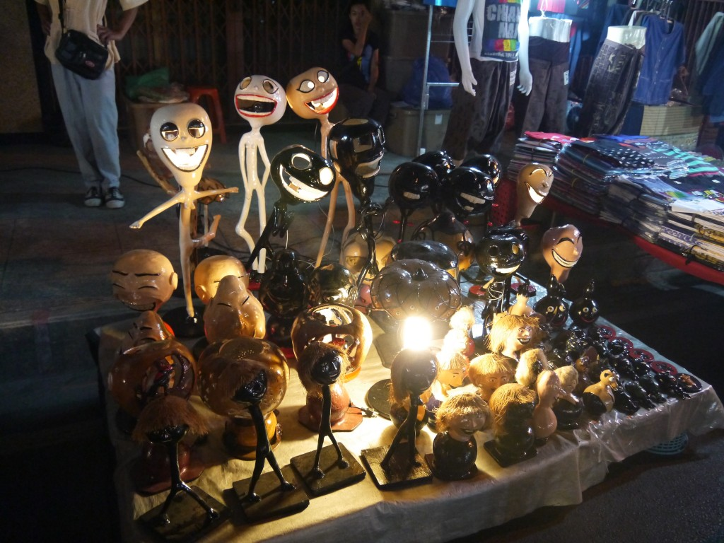 fururistic-lamps-at-saturday-night-market-chiang-mai