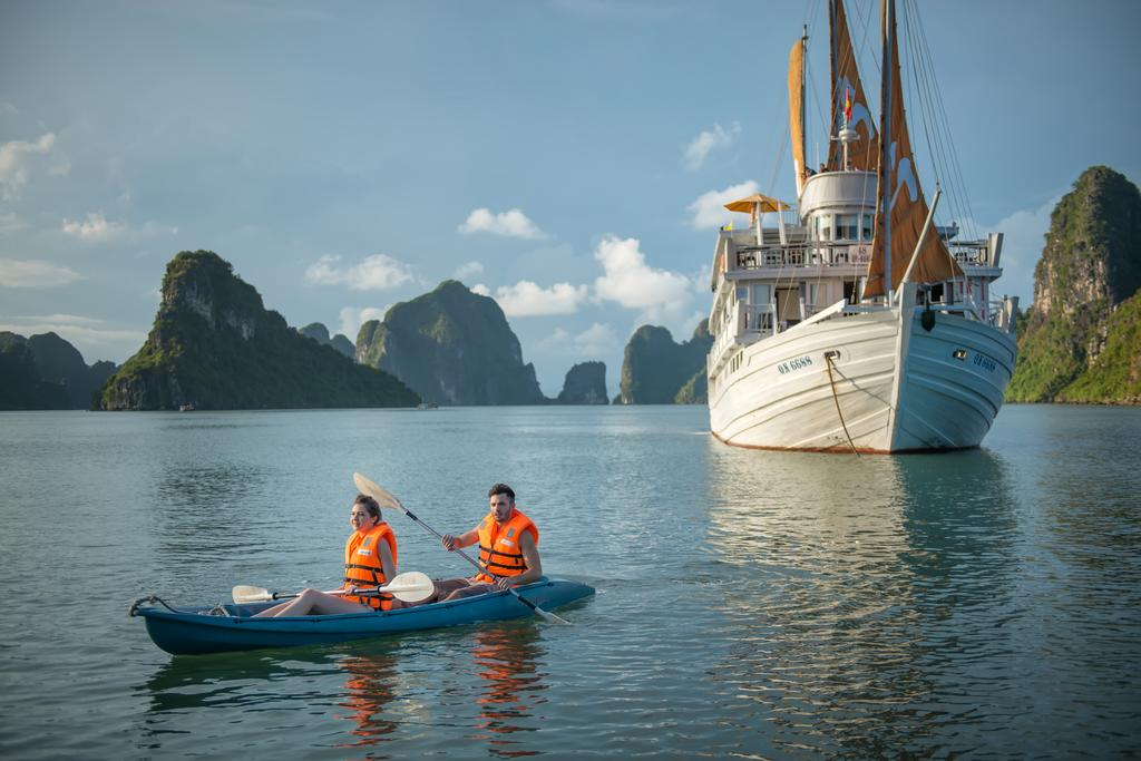 paradise luxury elegance cruise halong bay (1)