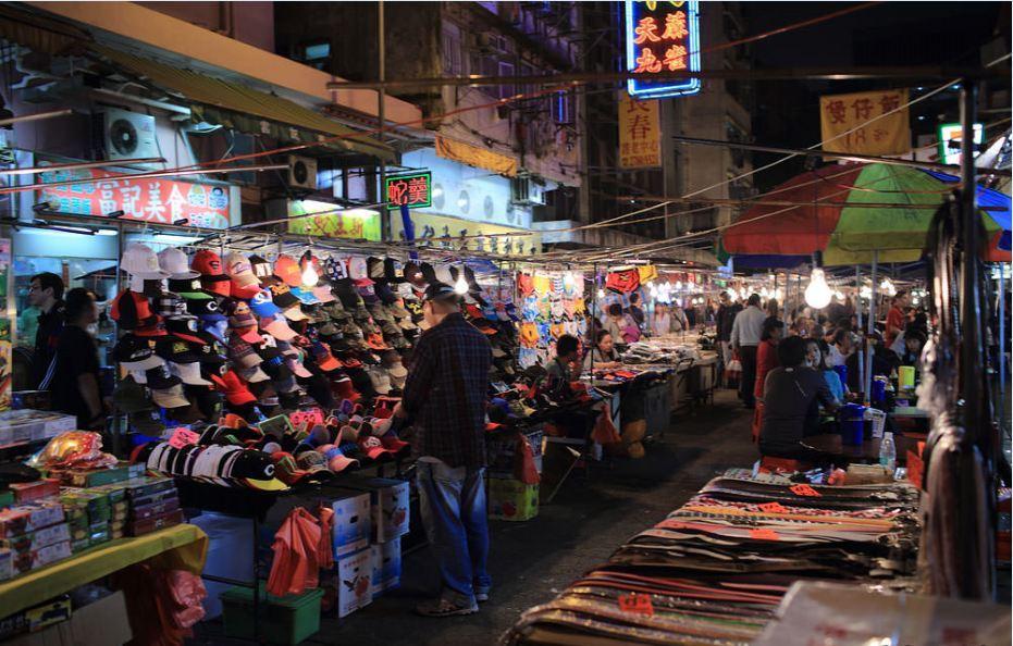 Temple Street Night Market-hong-kong-explore the fullest hong kong only 3 days