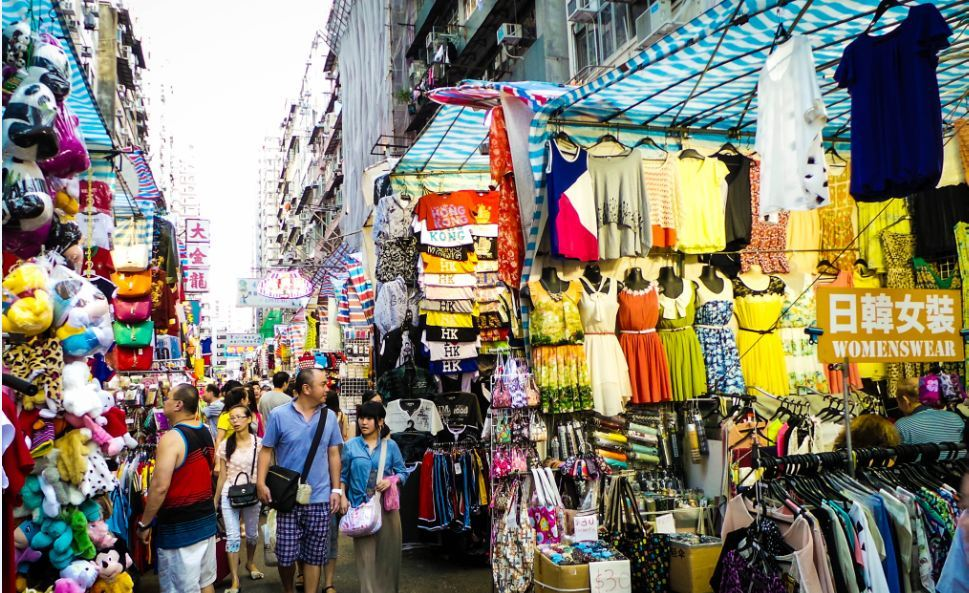 ladies-market-mongkok-hong-kong-explore the fullest hong kong only 3 days