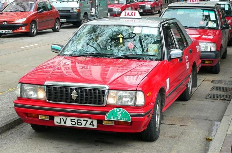 taxi -kong-explore the fullest hong kong only 3 days hong kong itinerary 3 days