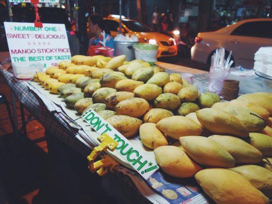 yaowarat street food chinatown bangkok street food mango