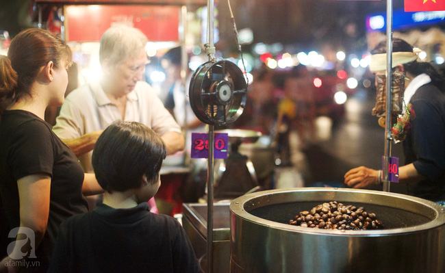 yaowarat street food chinatown bangkok street food- chestnut
