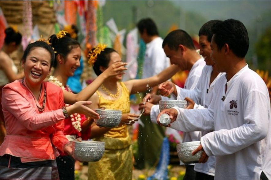 The water festival in Chol Chnam Thmay-Campuchia-the water festivals in Southeast Asian