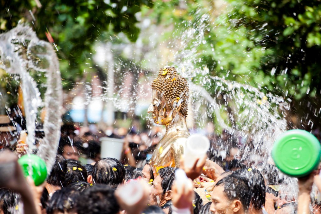 The water festival in Chol Chnam Thmay-Campuchia-the water festivals in Southeast Asian2