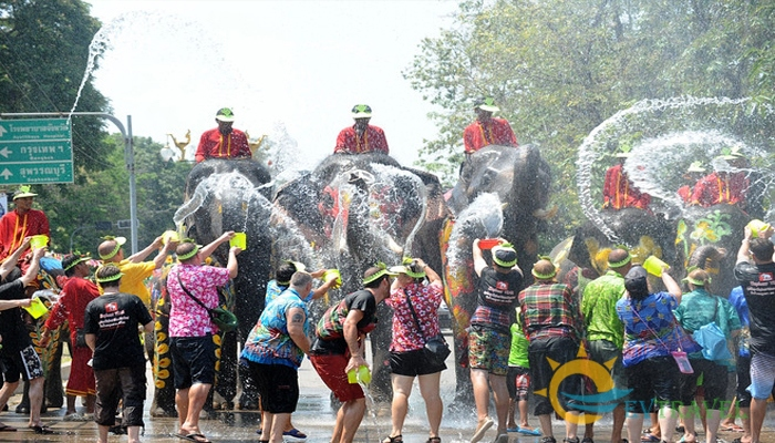 The water festival in Thingyan-Myanmar-the water festivals in Southeast Asian1