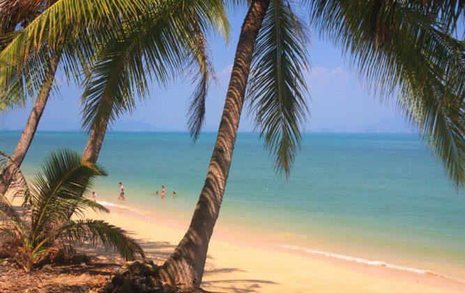 beach at koh yao noi
