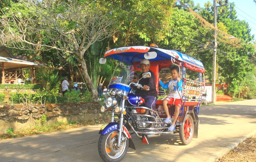 how to get to Koh Yao Noi island thailand