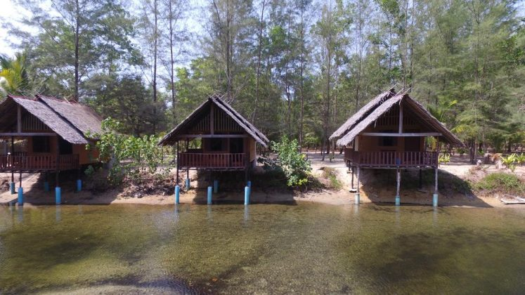 koh phra thong island thailand accommodation how to get there (1)