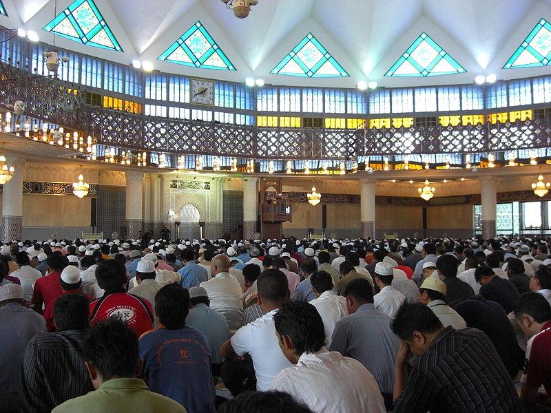 masjid-negara-kuala lumpur malaysia 2