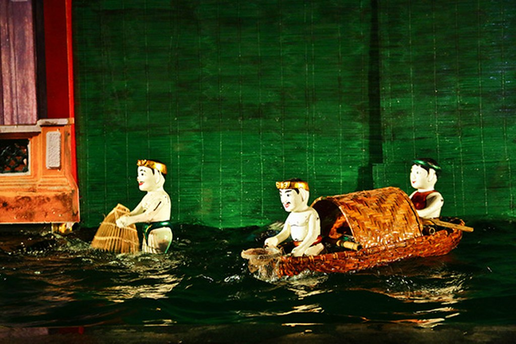 Hoi An Theater water puppet show
