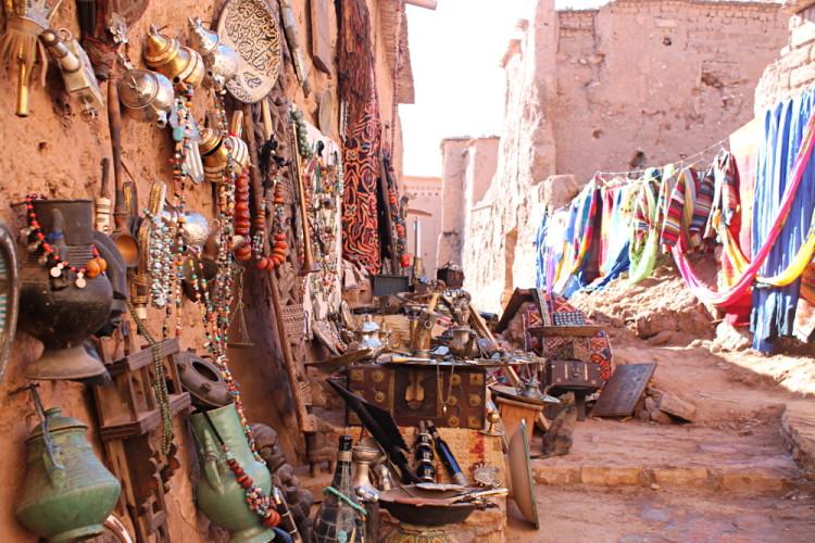 Arab flee market aid benhaddou 2