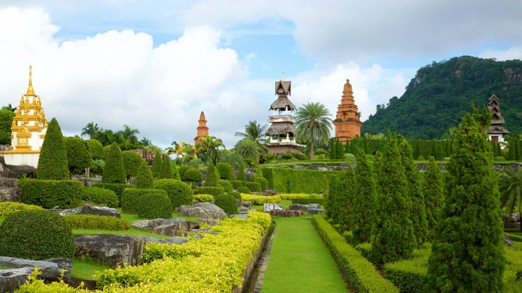 Visiting Nong Nooch Tropical Botanical Garden — One of the ...