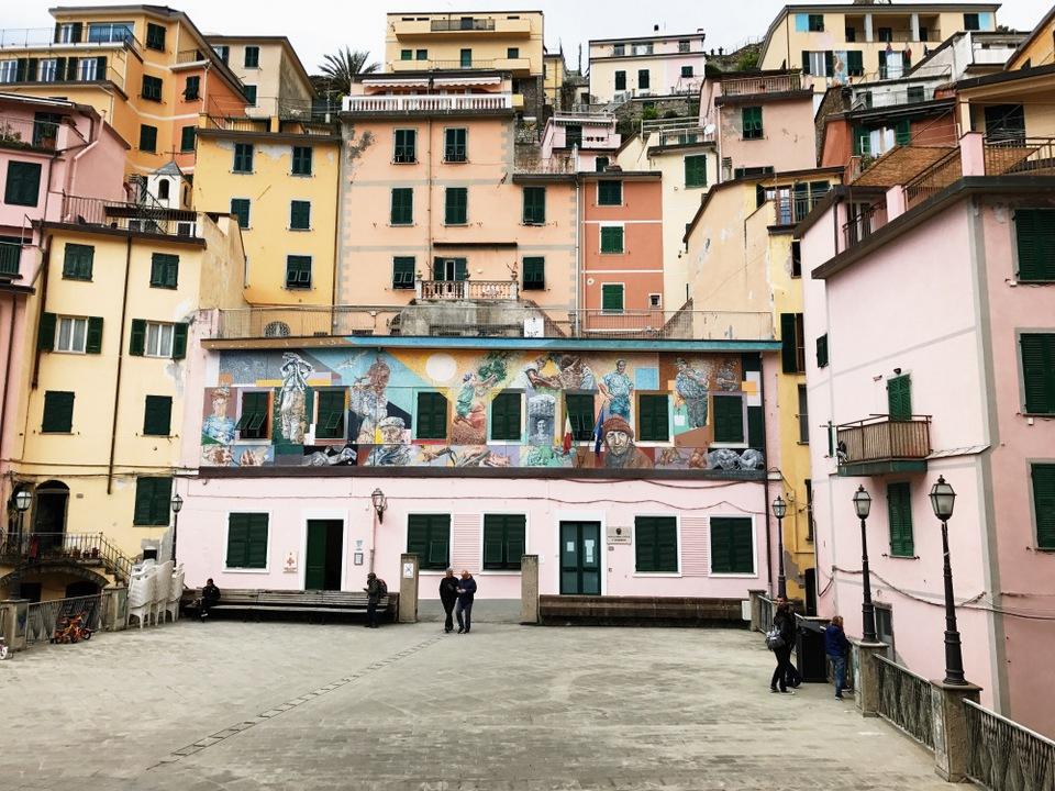 | a day in Cinque Terre