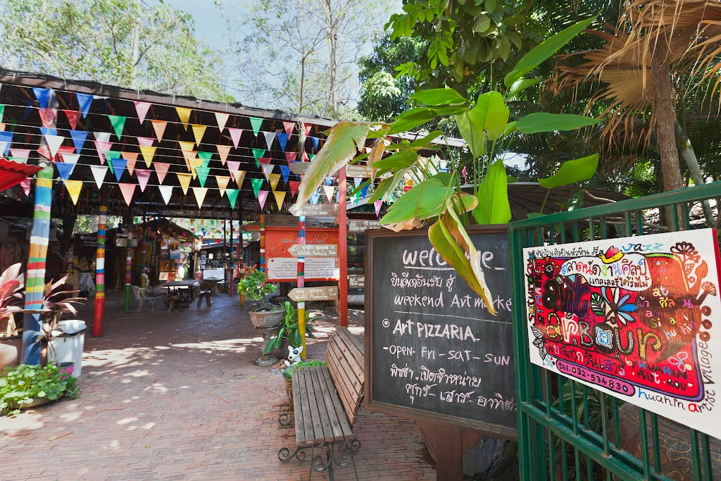 check in hua hin art village baan sillapin artists village hua hin artist village 6