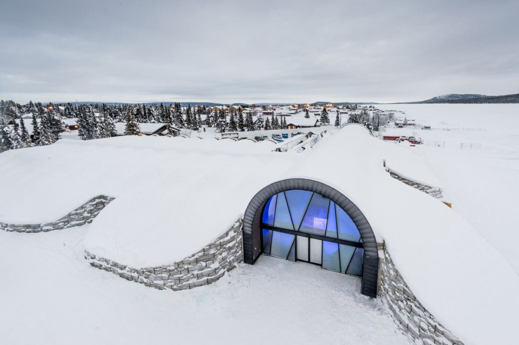 above to icehotel sweden ice hotel 365 sweden icehotel 365 icehotel365 ice hotel sweden facts (1)