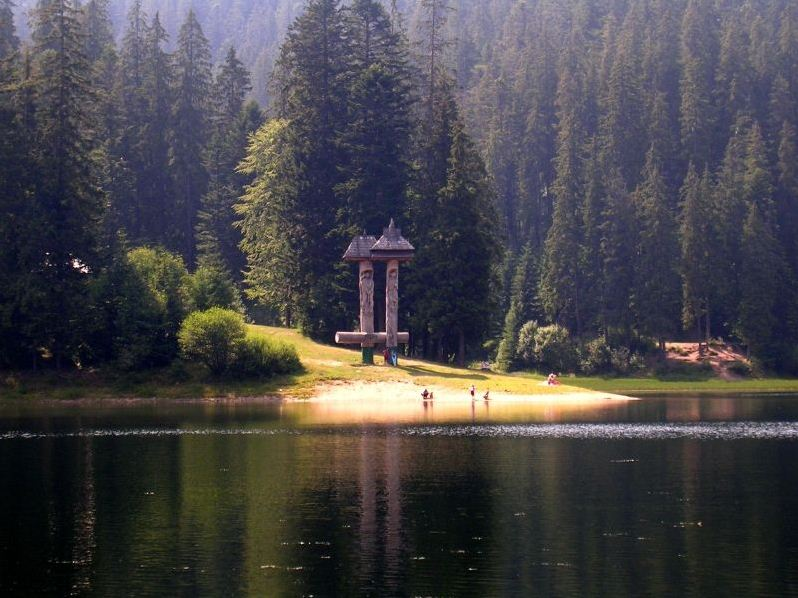 synevir lake ukraine (1)