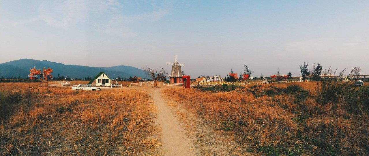 1Thuan Phuoc Field European film studio (1)