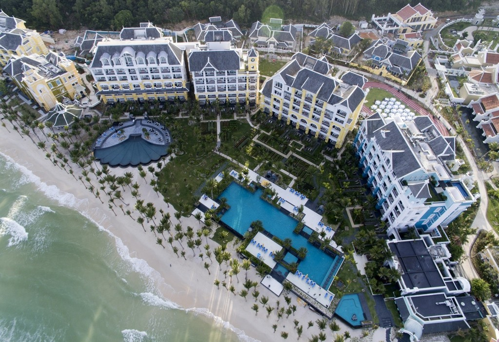JW Marriott Phu Quoc Emerald Bay - the most expensive resort in Phu Quoc (25)