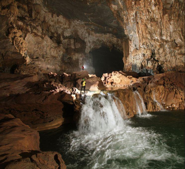 Tu Lan Caves System (10)