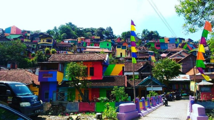 Kampung Pelangi -Rainbow Village in Indonesia (12)