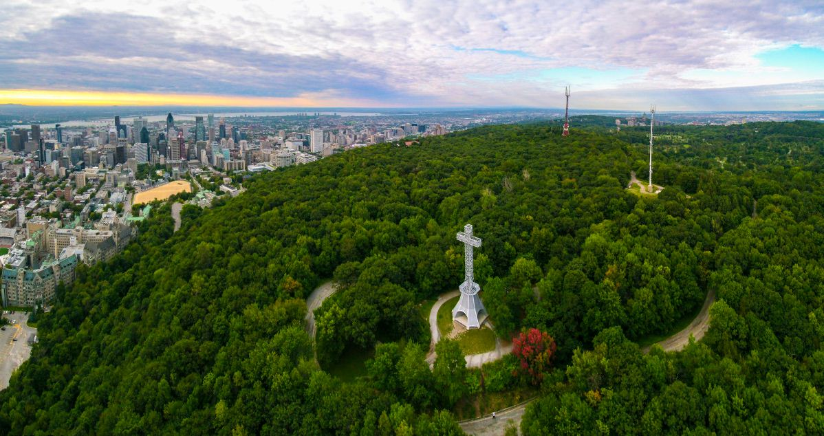 Montreal from above Mont Royal 2. Image of Montreal travel blog